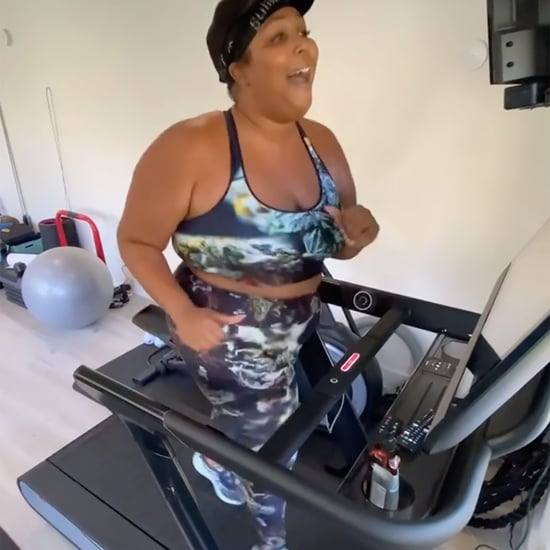 Watch Lizzo Singing While Running on the Treadmill