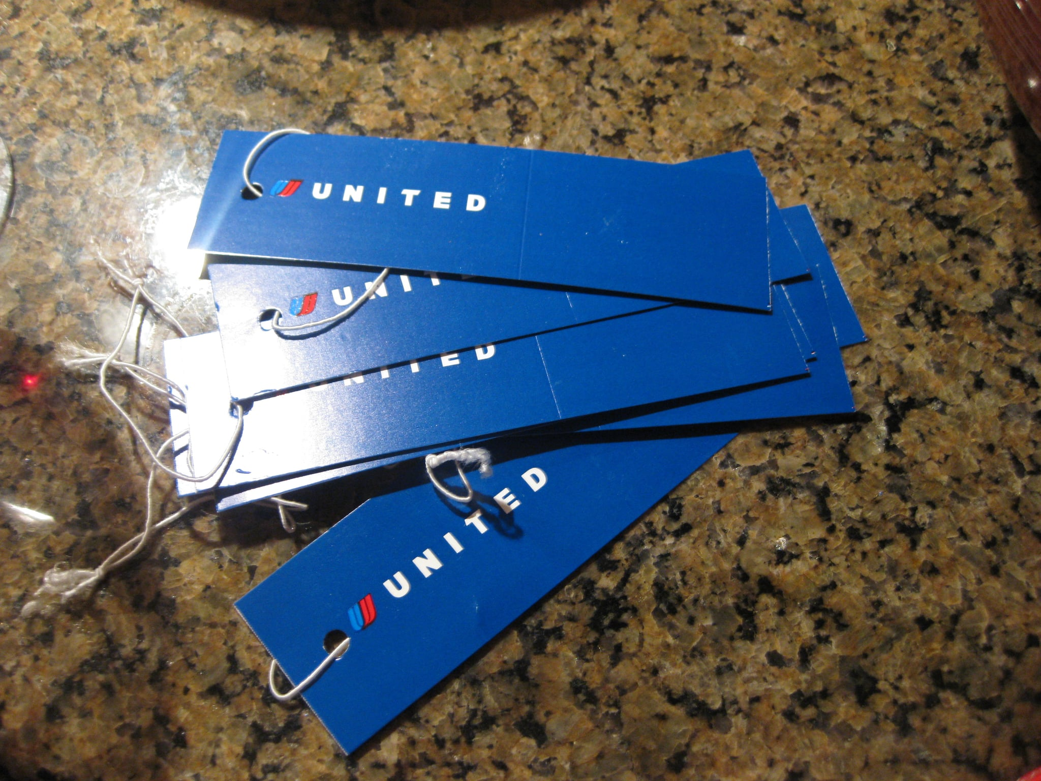 Everyone who walked in was told to wear a United luggage tag.