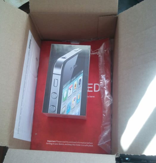 Verizon iPhone 4 Arrives Early