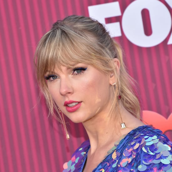 Taylor Swift Pink Hair at 2019 iHeart Radio Music Awards