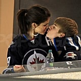 Selena Gomez kissed Justin Bieber during the Montreal hockey game.