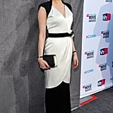 Michelle Williams carried a black clutch at the Critics' Choice Movie Awards.