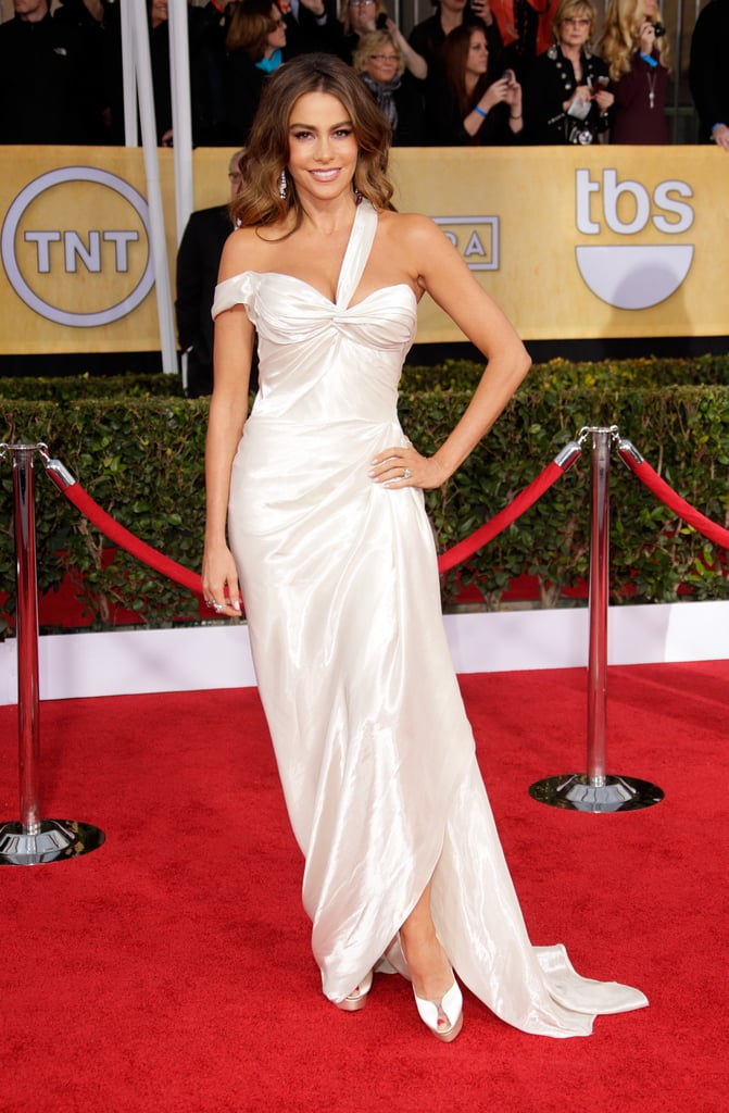 Sofia's white Donna Karan hugged her in all the right places on the SAG Awards red carpet this year.