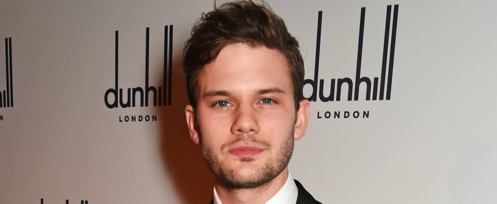 Hot Pictures of Jeremy Irvine