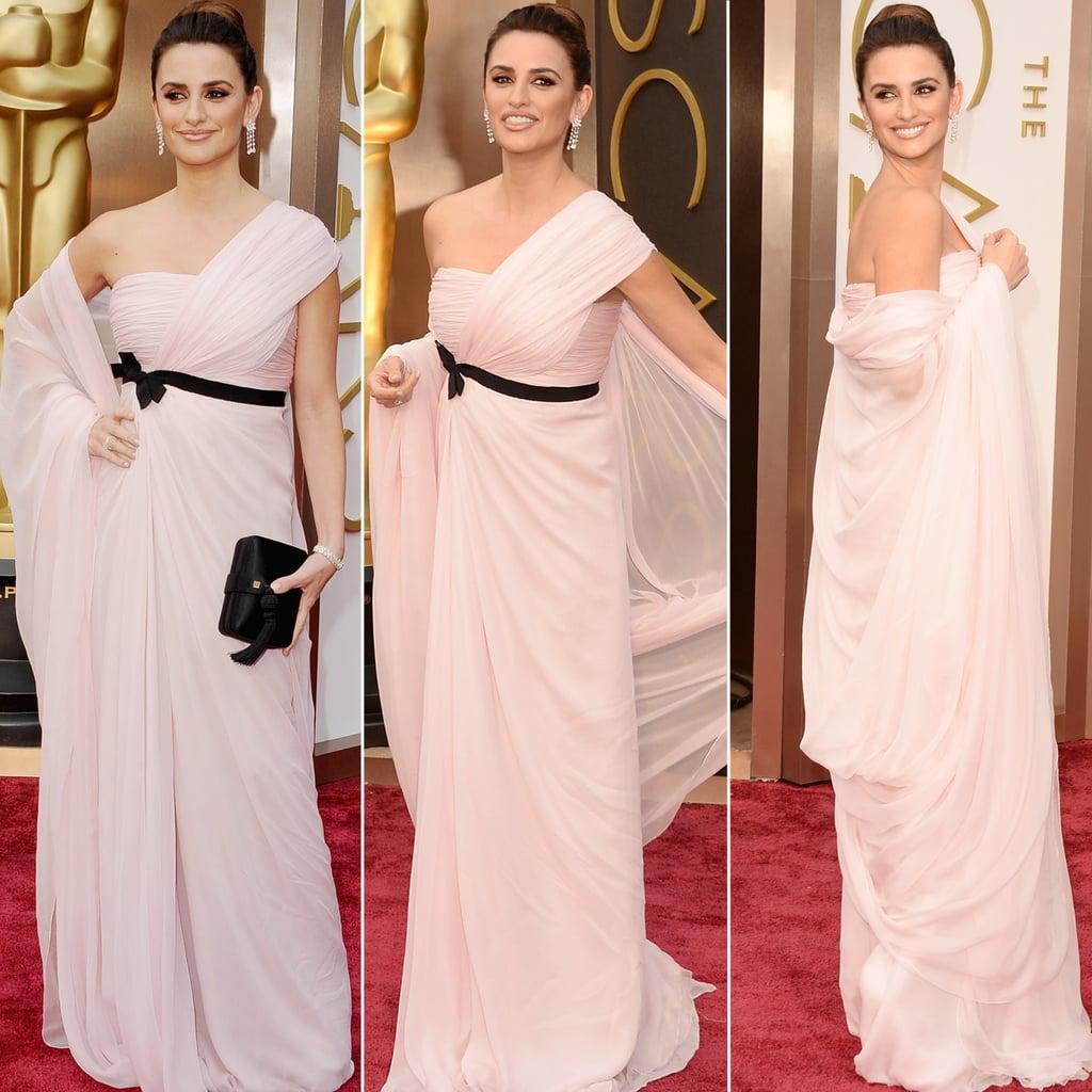 Penélope Cruz's Oscars Dress Is an Instant Mood-Lifter