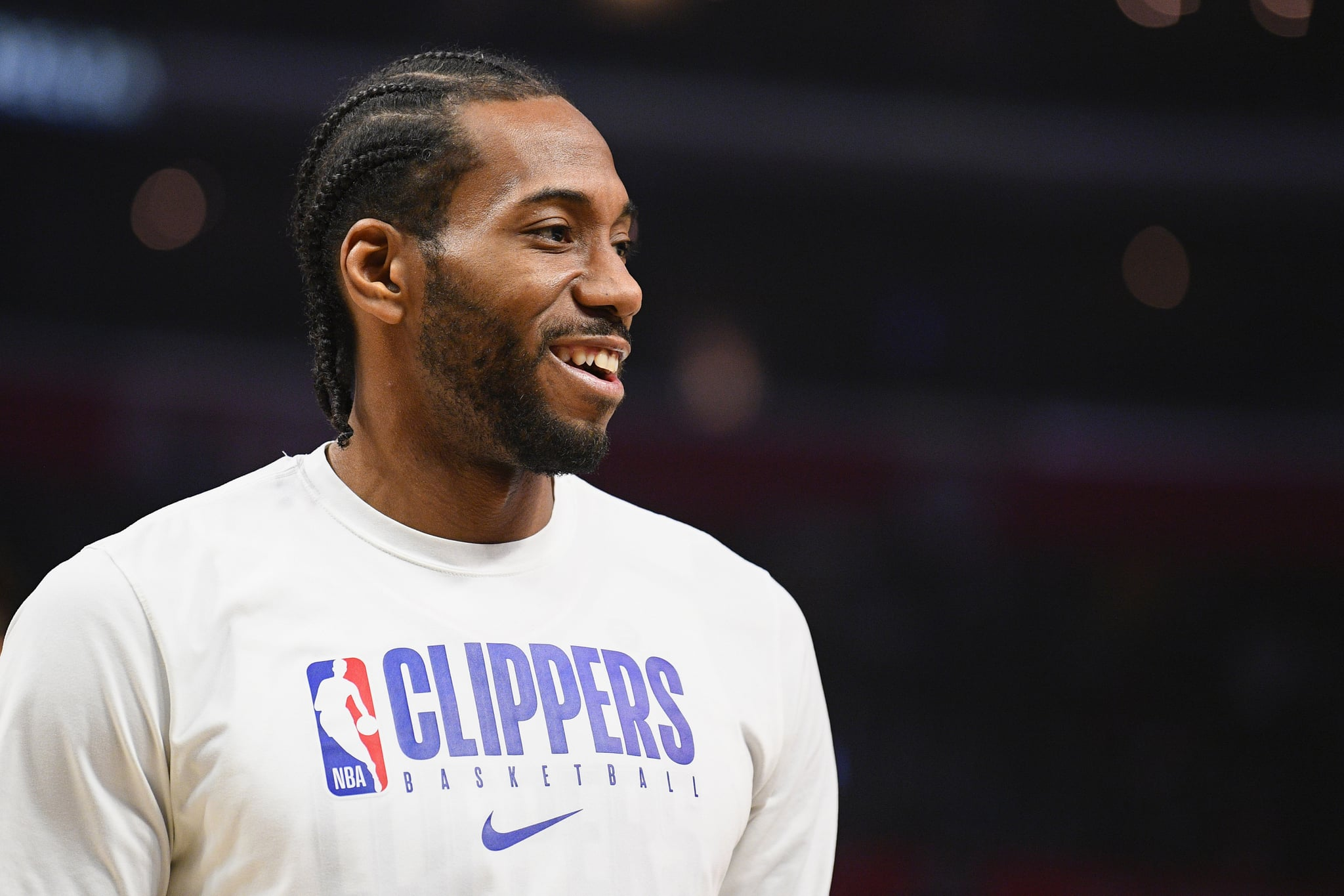 LOS ANGELES, CA - FEBRUARY 05: Los Angeles Clippers Forward Kawhi Leonard (2) looks on before a NBA game between the Miami Heat and the Los Angeles Clippers on February 5, 2020 at STAPLES Centre in Los Angeles, CA. (Photo by Brian Rothmuller/Icon Sportswire via Getty Images)