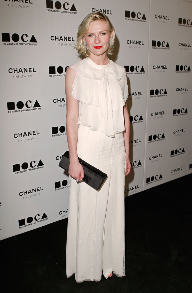 Kirsten looked fresh and pretty in a cream-colored Chanel gown and black clutch at the 2010 Museum of Contemporary Art gala.