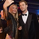 Chris Hemsworth was game for a fan selfie at NBC's Globes after party.