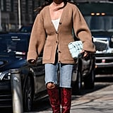 How to Wear Bermuda Shorts With Boots