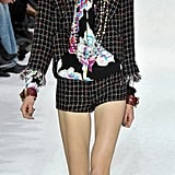 Spring 2011 Paris Fashion Week: Chanel 2010-10-05 09:56:55