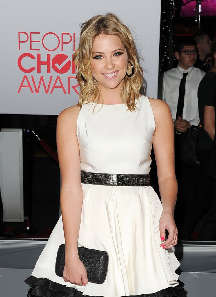 Ashley Benson had beachy hair for the People's Choice Awards.