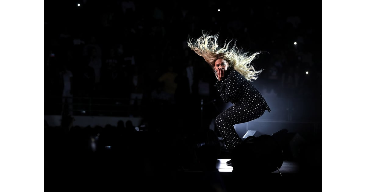 beyonce knowles and jay z at hillary clinton concert 2016 popsugar celebrity photo 10. Black Bedroom Furniture Sets. Home Design Ideas