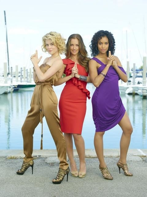 Rachael Taylor, Minka Kelly, and Annie Ilonzeh in ABC's Charlie Angels.
