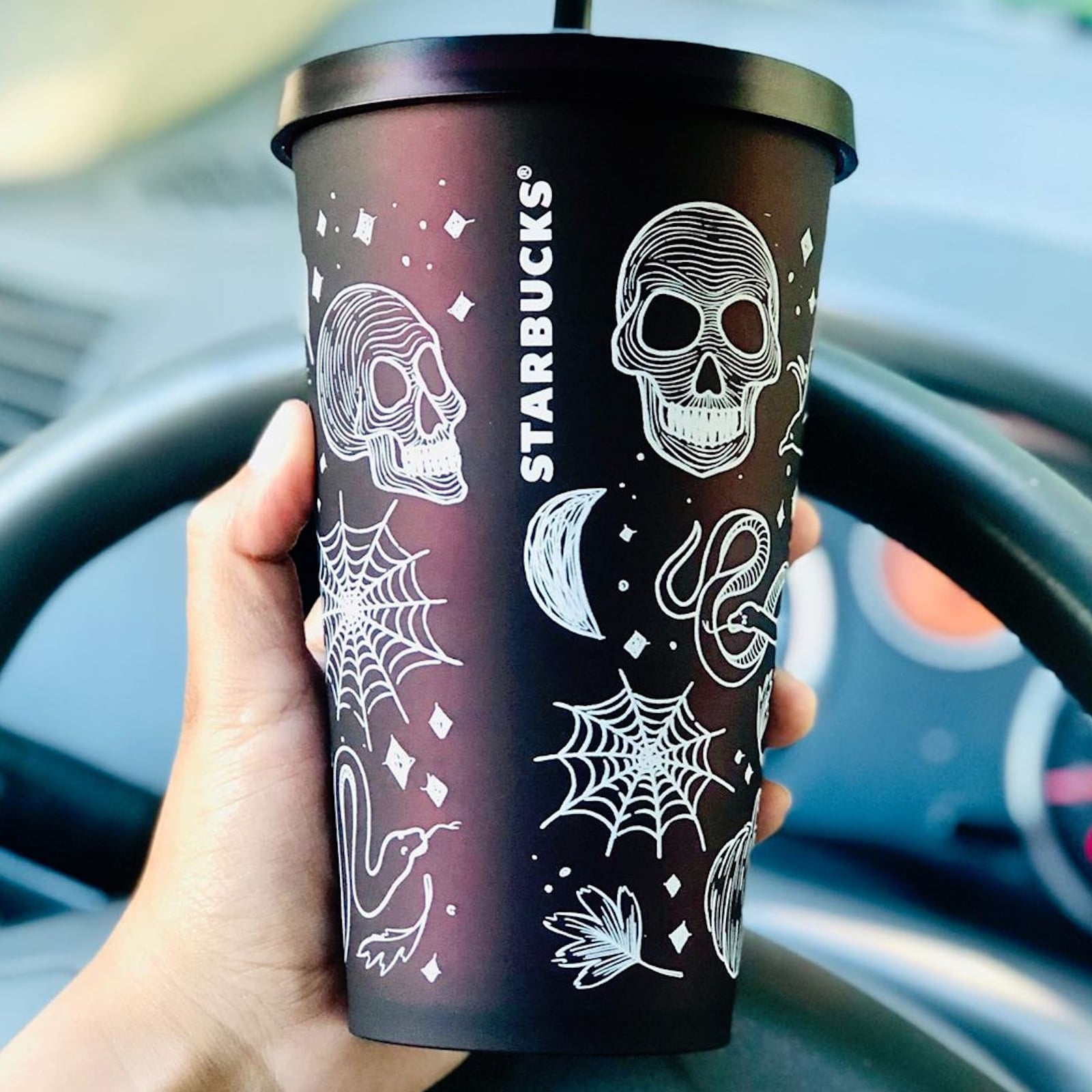 Starbucks Christmas Cups 2019.Starbucks Is Releasing Tons Of Spooky Halloween Tumblers