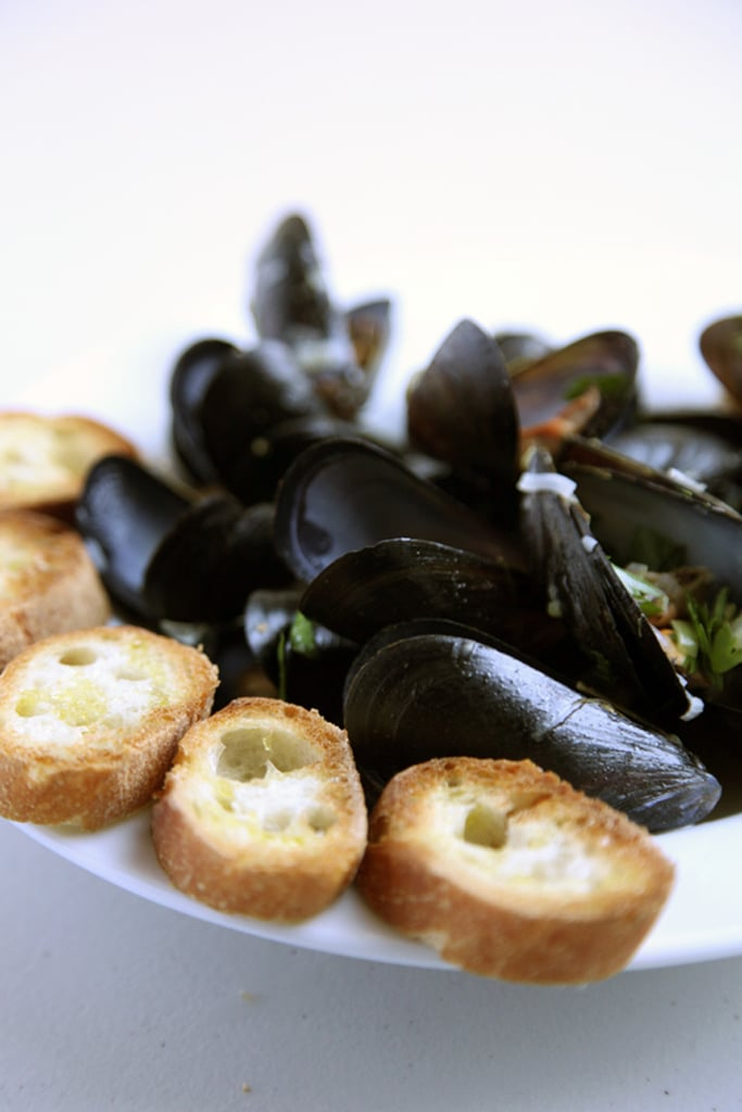 Julia Child's White-Wine-Steamed Mussels