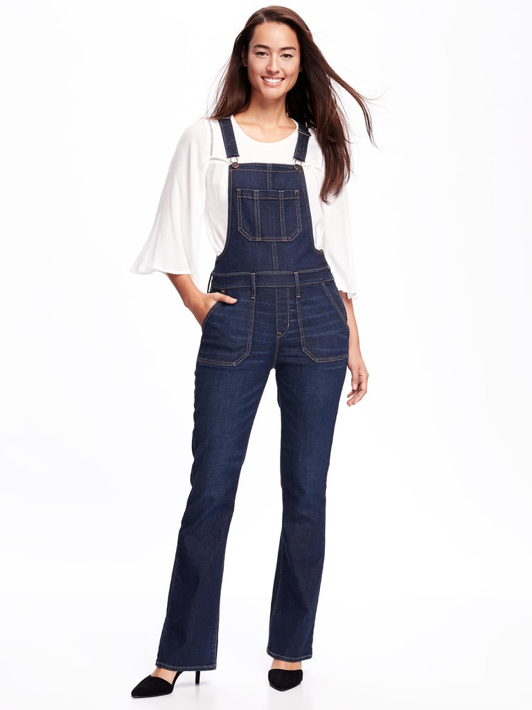 A Pair of Overalls For an Easy, Casual Outfit