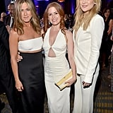 In October 2015, Jennifer stayed closed to pals Isla Fisher and Kate Hudson at  the American Cinematheque Awards ceremony in LA, where Reese Witherspoon was the woman of honor.