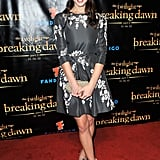 Ashley Greene hit up the Breaking Dawn Part 2 party in head-to-toe Oscar de la Renta. We especially love how she accessorized her already ladylike look with girlie bow-accented pumps.