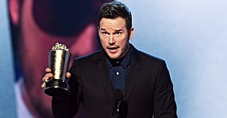 Only Chris Pratt Would Offer Advice on Praying and Pooping in 1 Acceptance Speech