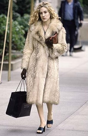 Season One Carrie Bradshaw: top tinute bune de inspirat Carrie Bradshaw: top tinute bune de inspirat Season One