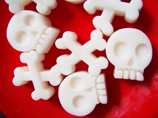 Skull and Crossbones Soap Set ($4)