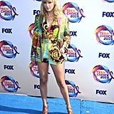 Taylor Swift Wearing a Versace Suit and Orange Heels at the 2019 Teen Choice Awards