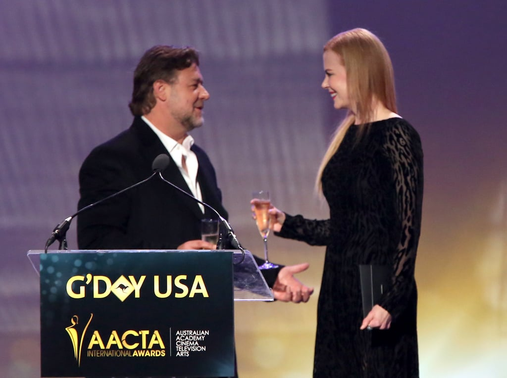 Russell Crowe and Nicole Kidman on stage.