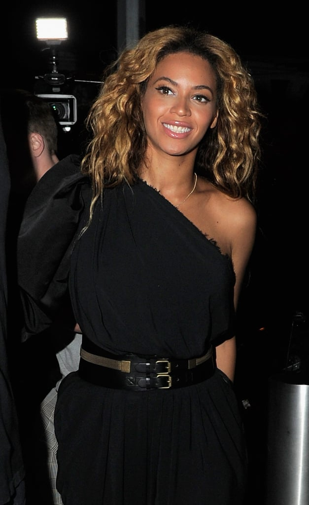 Beyoncé Knowles at Kelly Rowland's party.