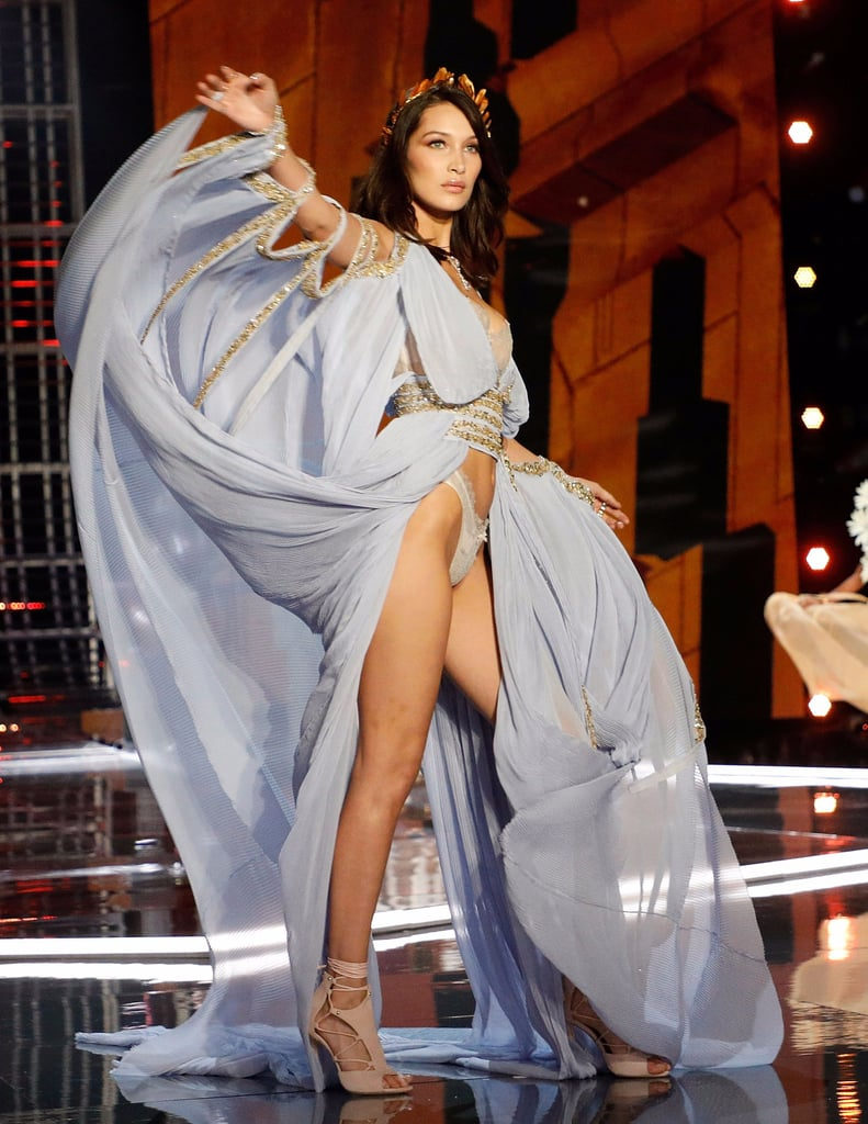Bella Hadid Victoria's Secret Fashion Show 2017 | POPSUGAR ...