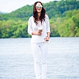 The best way to offset white on white? With sleek mirrored shades, of course. Source: Lookbook.nu