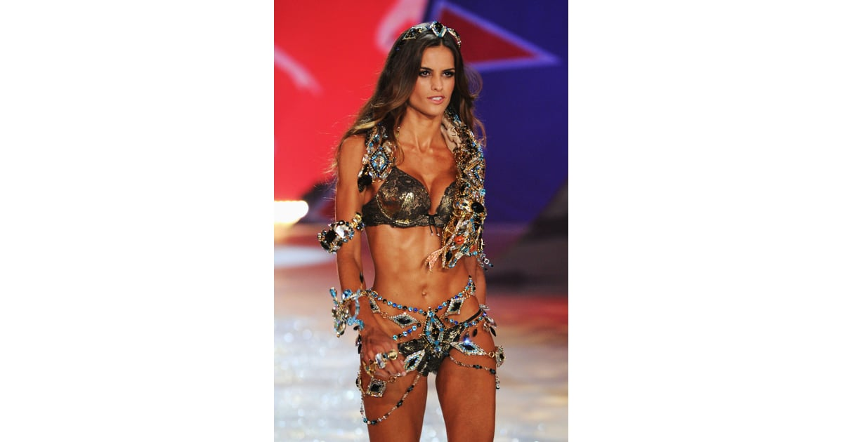 Victoria's Secret Fashion Show 2012 | Pictures