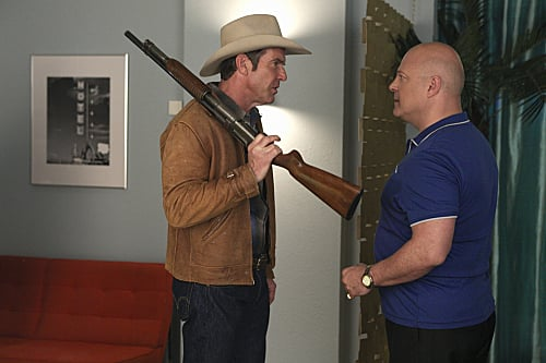 Dennis Quaid and Michael Chiklis spar in Vegas.