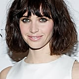 Who says a bob can't work some bedhead texture? Felicity Jones's mussed-up style added some edge to her sweet makeup look.