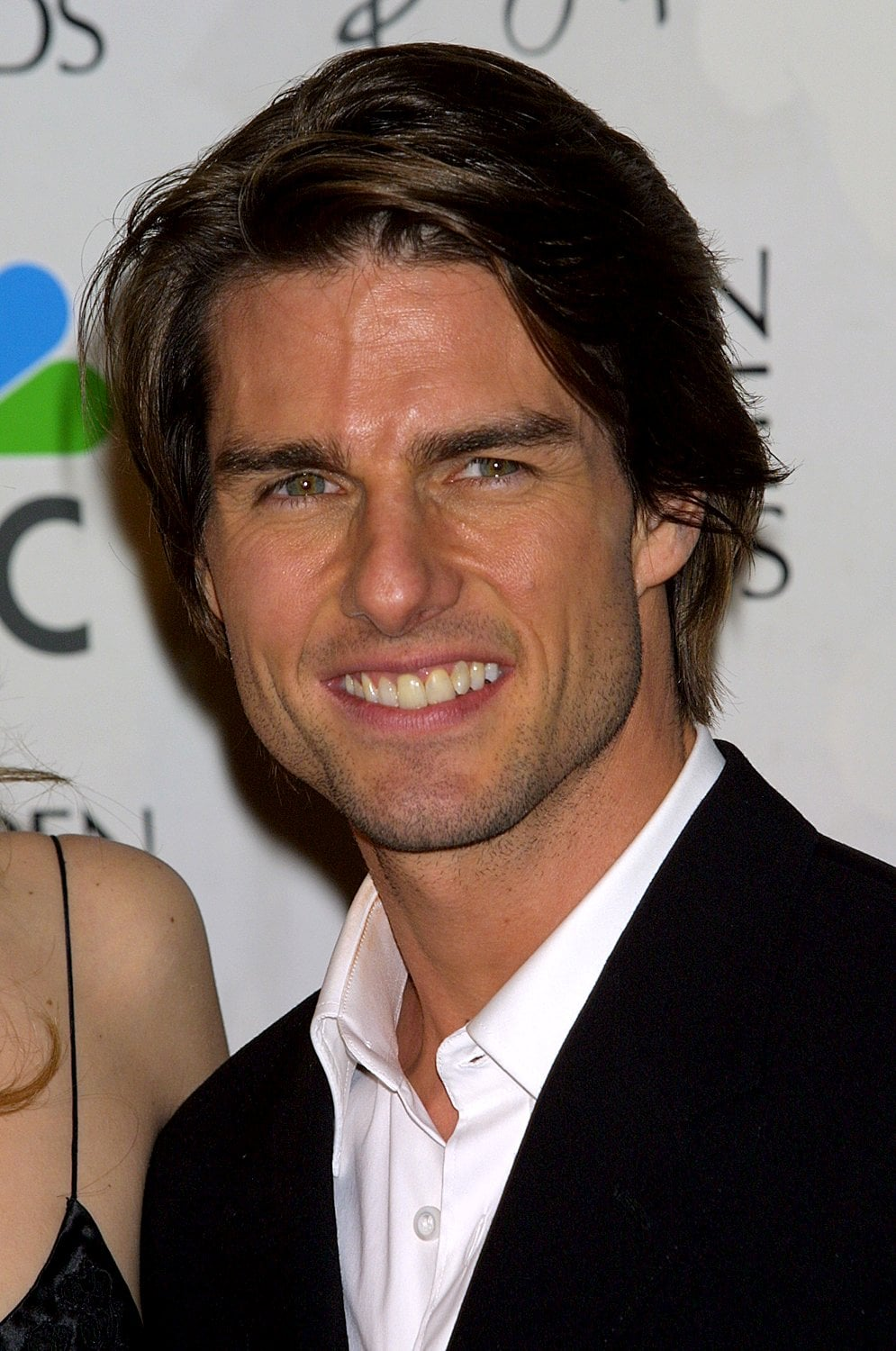 Tom Cruise looked happy at the Golden Globes in January 2001.