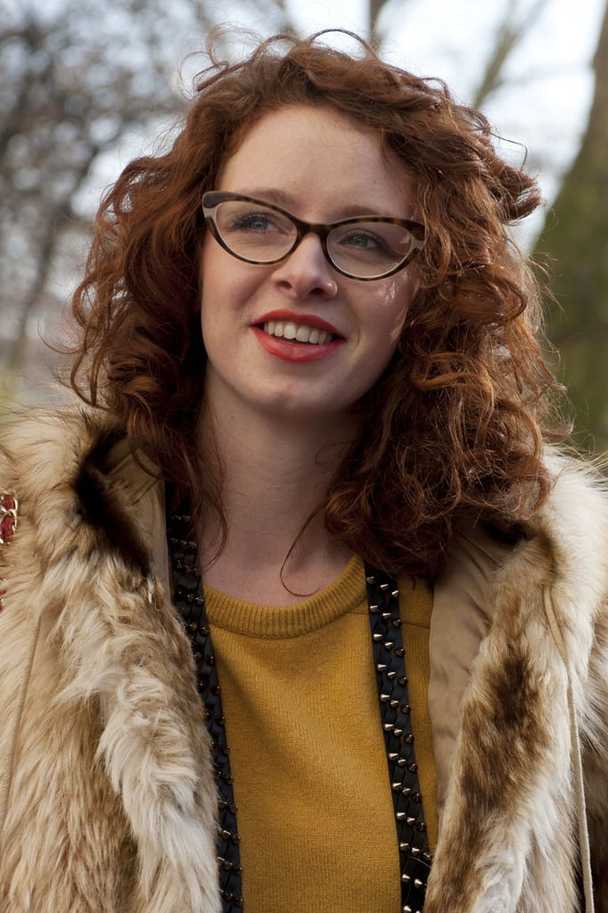 Crimson curls and lipstick were a perfect pairing for this woman.