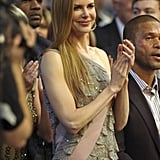 Nicole Kidman clapped for husband Keith Urban as he accepted an award in 2009.