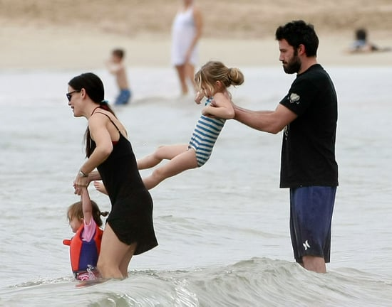 Pictures of Jennifer Garner, Ben, Violet and Seraphina Affleck Vacationing in Hawaii