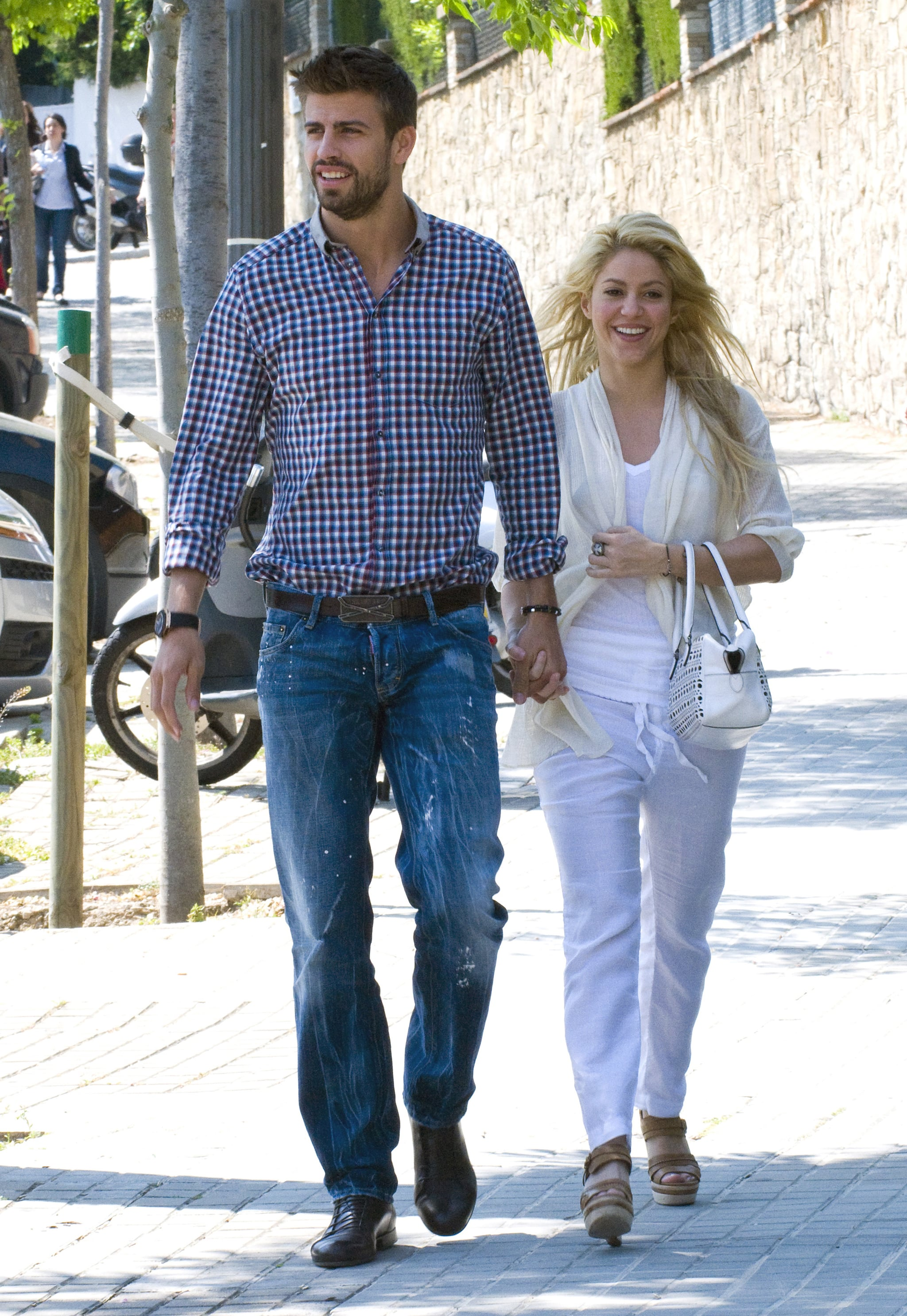 Celebrating Latina Life In Style Shakira And Gerard Piqu 233 S Sweetest Moments Are Too Precious