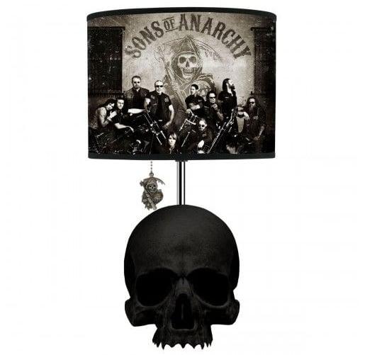 Skull Table Lamp ($40)