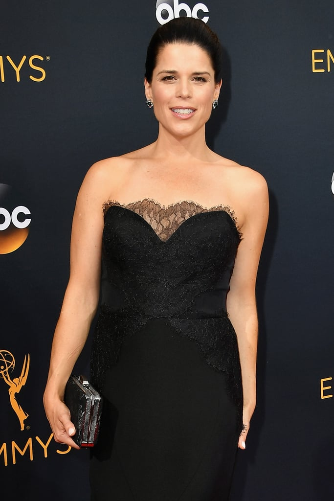 neve campbell at the 2016 emmys popsugar celebrity