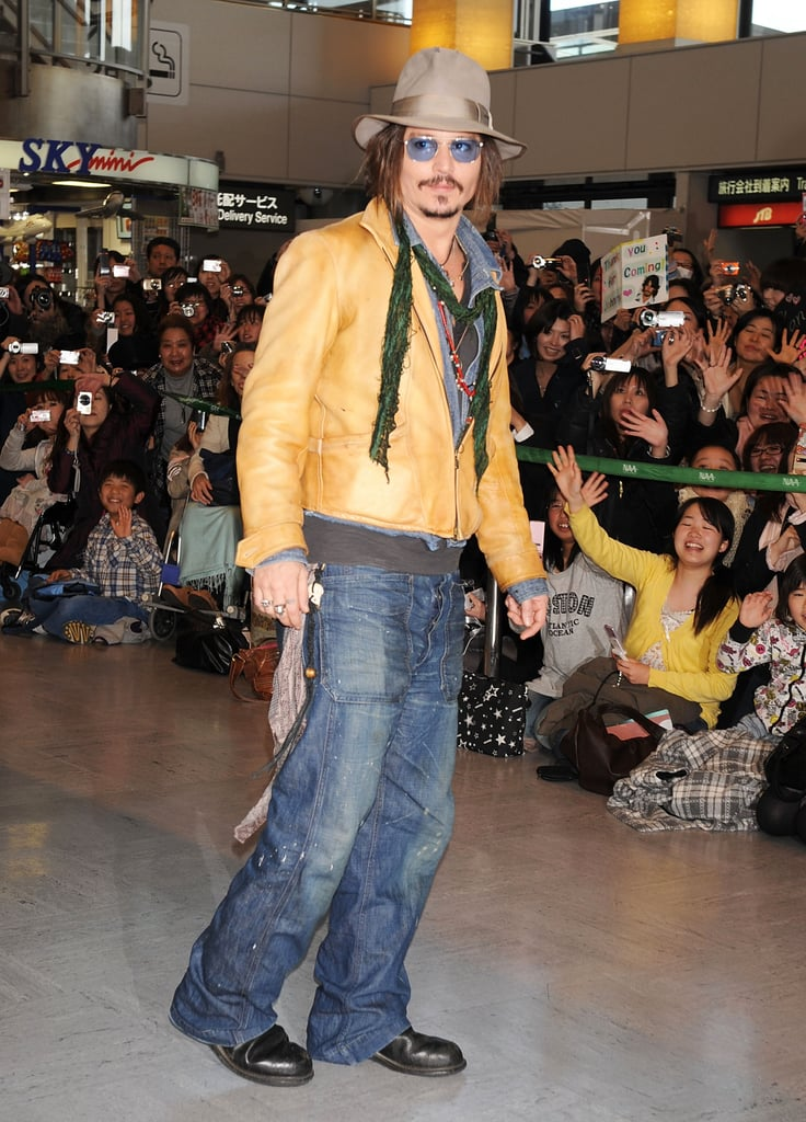 Photos of Johnny Depp And Tim Burton Promoting Alice in Wonderland in Japan