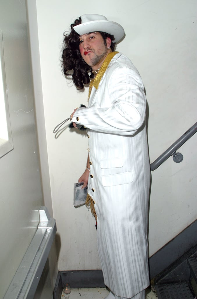 20 Celebrity Halloween Costume Fails - Page 4 of 22 - Buzz ...