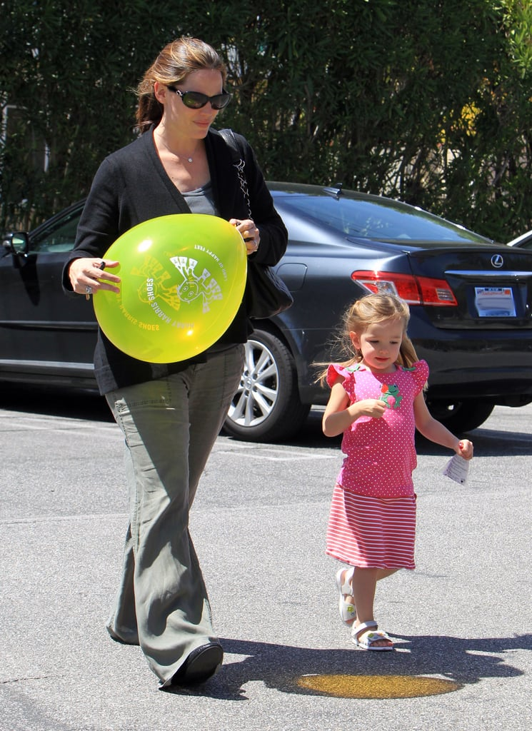 Jennifer Garner and Seraphina Have a Ball in LA