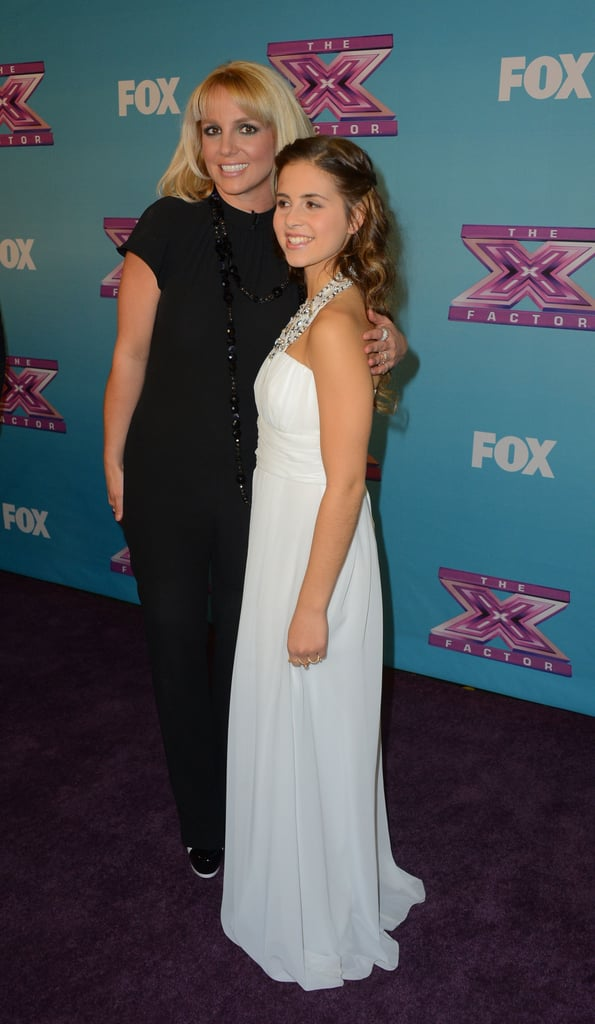 Britney Spears posed with her protégée Carly Rose Sonenclar.