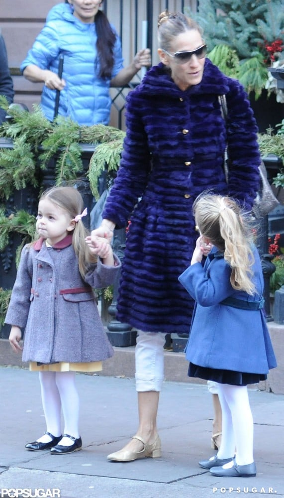 Sarah Jessica Parker and her twins, Marion Broderick and Tabitha Broderick, wore fancy holiday outfits.