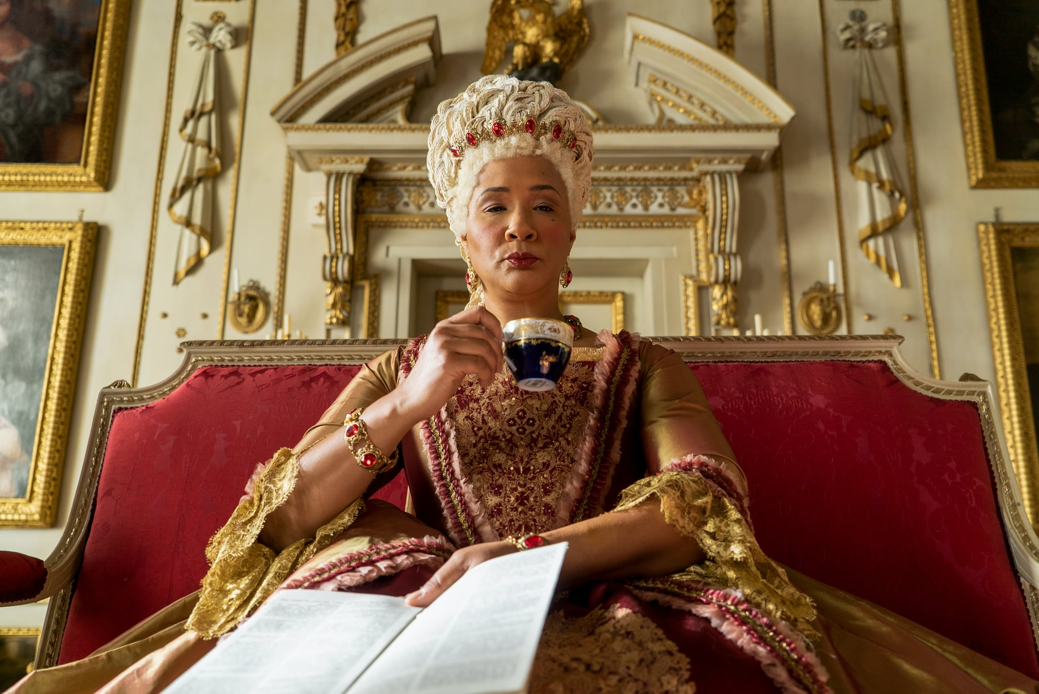 BRIDGERTON GOLDA ROSHEUVEL as QUEEN CHARLOTTE in episode 105 of BRIDGERTON Cr. LIAM DANIEL/NETFLIX  2020