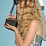 2008: Taylor Took Home Her First AMA