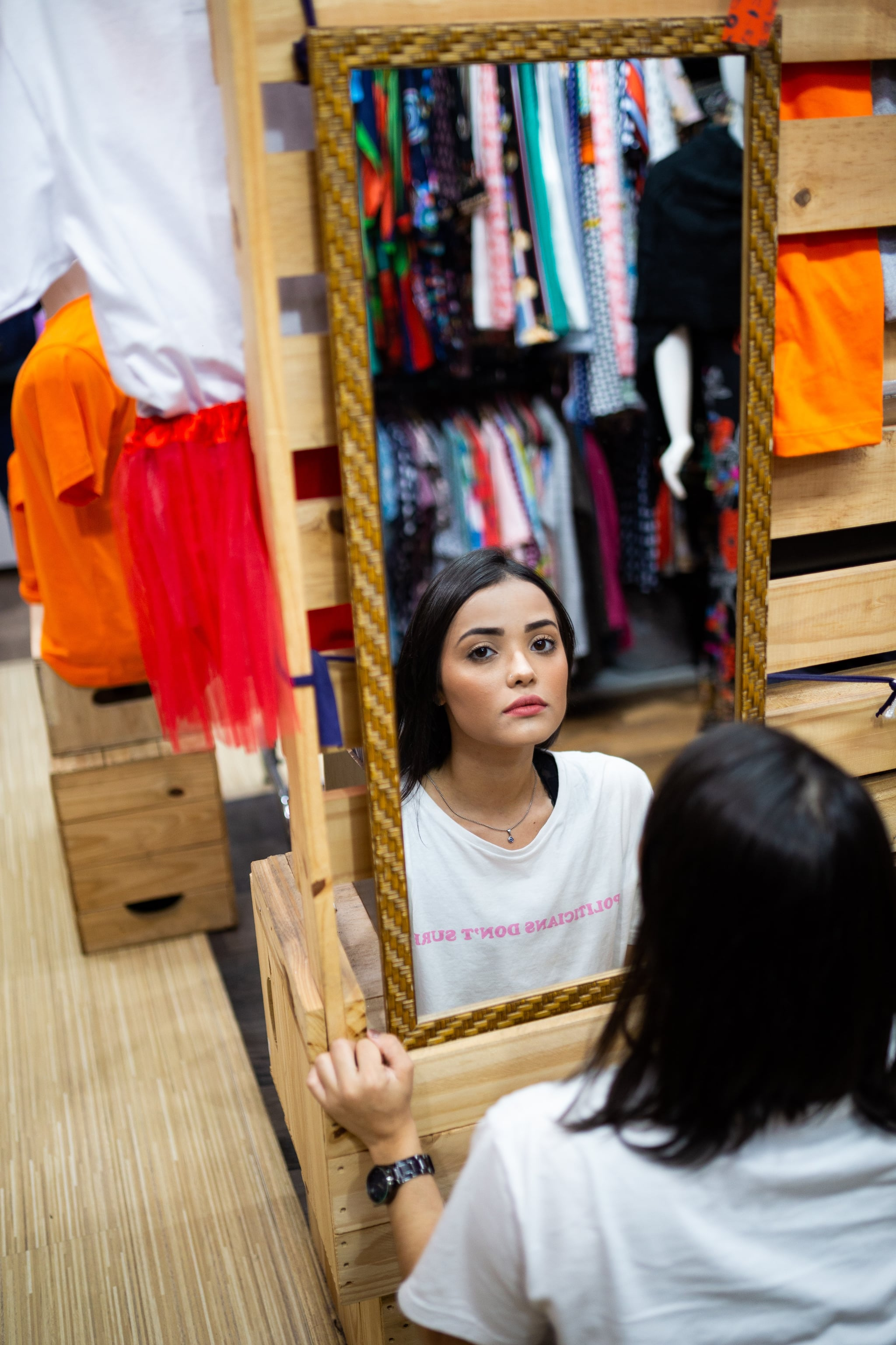 tmp_I4k6wu_874c0bbacce2307b_photo-of-woman-in-front-of-mirror-2531119.jpg