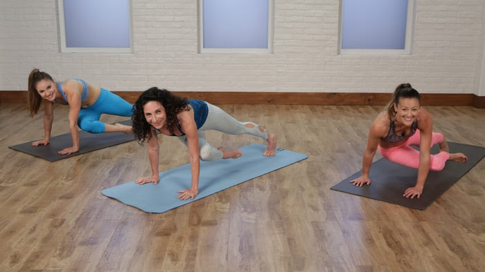 Get Strong From the Inside Out With This 5-Minute Flat-Ab Yoga Sequence