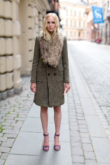 This oversize Emerson Fry High Tech Fur Collar ($188) looks amazing over a long wool coat (as seen in the picture), but try pairing it with a long sleeveless blazer and maxi dress for a layered Autumn look.